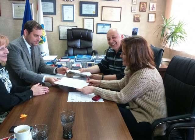 Cooperation between DecaOHZ and the Municipality of Kostinbrod.